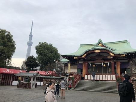 【亀戸の街をぶらっと】亀戸の神社散策ツアー、水神宮とスポーツの神様